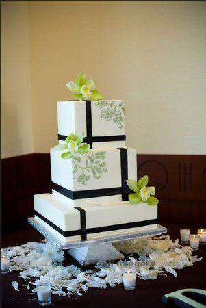 Торт  на свадьбу  № 1005