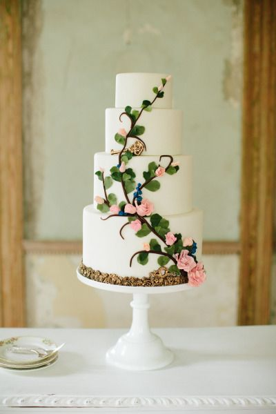 Торт  на свадьбу  № 1027