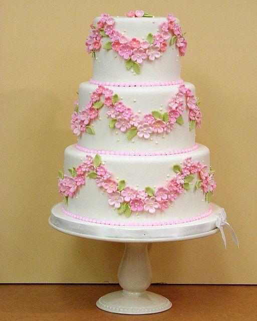 Торт  на свадьбу  № 1033