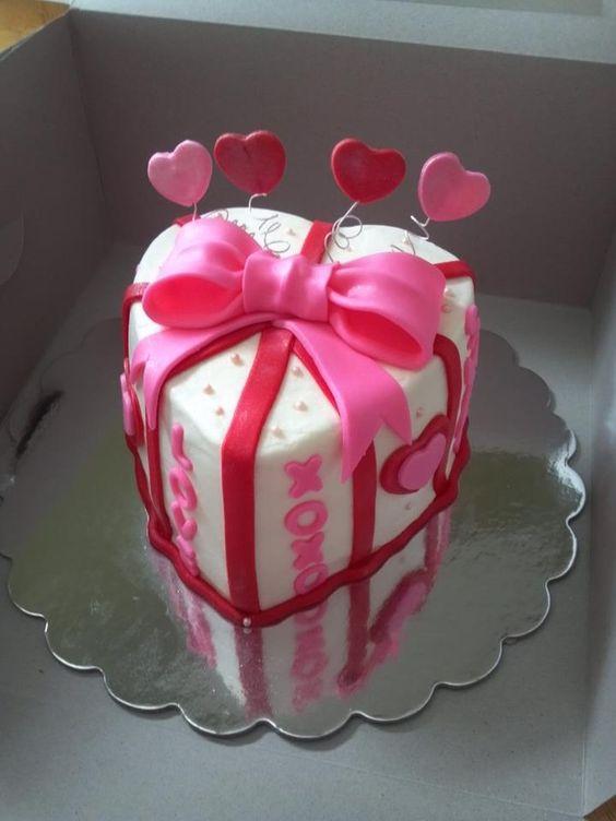 Торт  на День Святого Валентина  № 1104