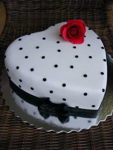 Торт  на День Святого Валентина  № 1142