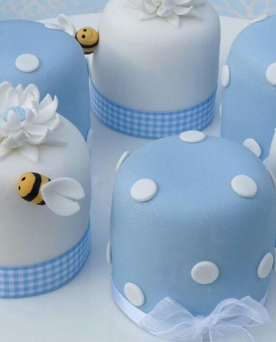 Мини-торт на день рождения № 1421