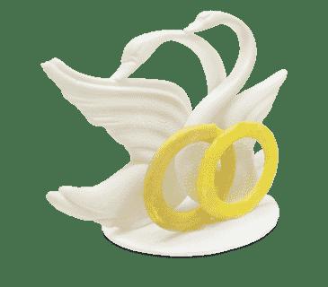 "Фигура авторская сахарная ""Лебеди с кольцами"""
