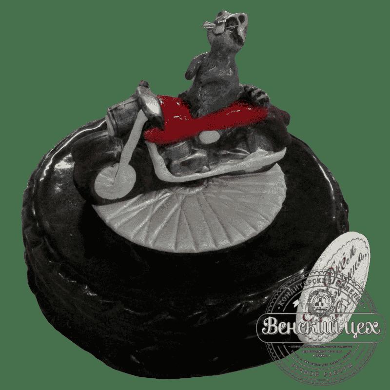 Торт на день рождения «Енот на мотоцикле» №177