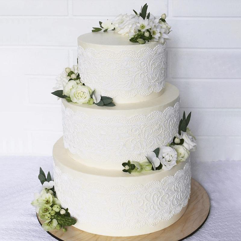 Торт свадебный с живыми цветами №2010